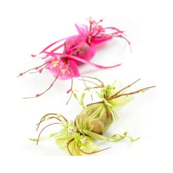 Bouquet fleurs de pommier vert anis