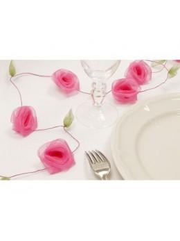 Guirlande de roses fuchsia