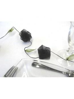 Guirlande de roses noire