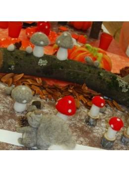 Déco champignon sur pied bois rouge et blanc 10cm