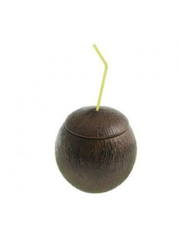 Verre noix de coco avec paille