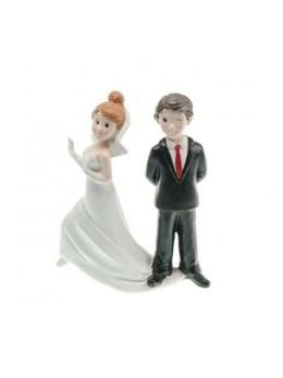 """Figurine couple mariés résine """"Attrape-moi !"""""""
