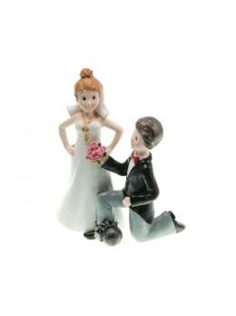 Figurine couple mariés résine à genoux