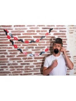 Guirlande moustaches et lèvres 3m