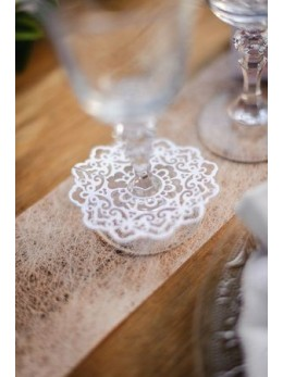 20 décorations de verre dentelle 9cm