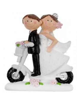 Petite figurine couple mariés résine scooter