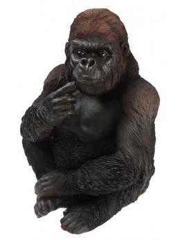 Maman gorille noir