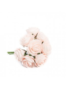 8 Roses sur tige roses