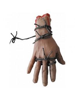 déco main coupée avec barbelé
