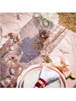 Chemin de table en sequin rose gold