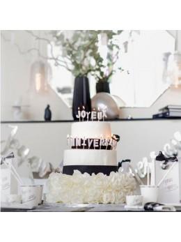 Bougies joyeux anniversaire sur pic argent