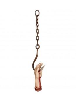 Main ensanglantée sur crochet